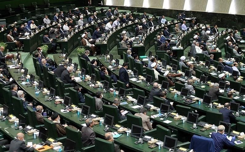 ۳۴ نماینده مجلس از روحانی شکایت کردند