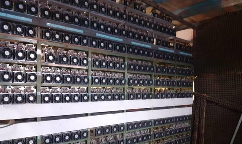 مصرف ۲هزارمگاوات برق در کشور برای استخراج رمزارزها