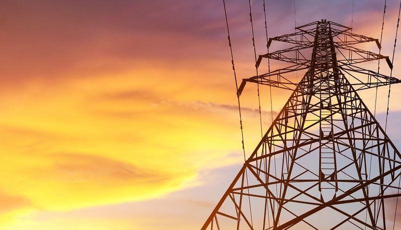 مدیر عامل توانیر: محدودیت های برق  تا پایان مرداد ادامه دارد