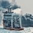 تلاش برای ورود به نفتکش شعلهور ایران