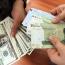 تغییرات جدید در شرایط پیمانسپاری ارزی/ صادرات زیر یک میلیون دلار معاف از تعهد ارزی شد